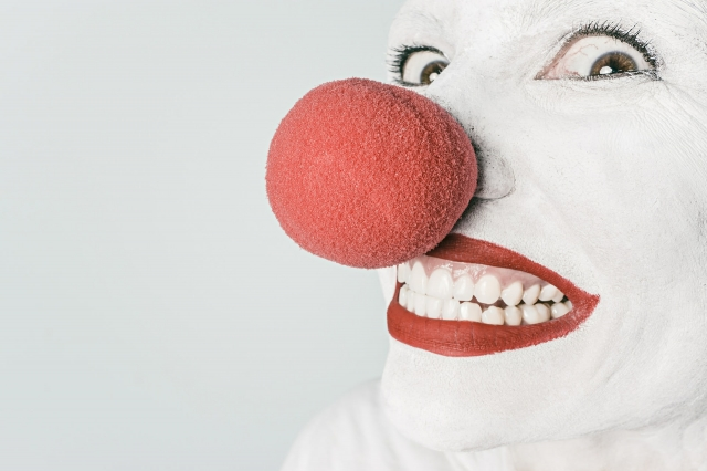 3725263548-clown-362155_1920-L9mr-640x426-MM-100