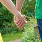 手汗の原因で夏の犯人は!即効の制汗剤やすぐ止めるコントロール法とは?