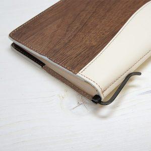 bookcover00157-m-04-pl