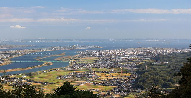 Kuwana_from_Mount_Tado